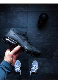 Кроссовки Nike Air Vapormax Flyknit (Black / Anthracite - Dark Grey)